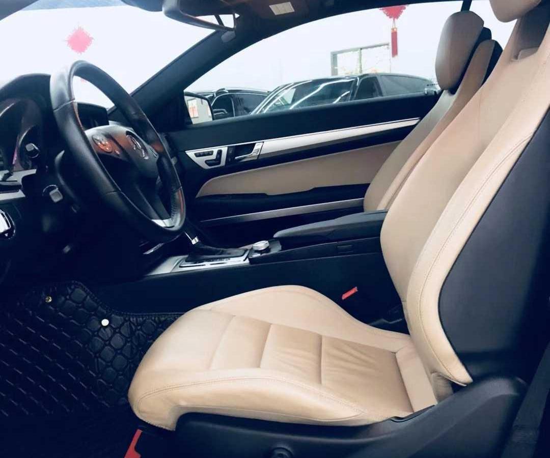 奔驰 奔驰E级  2011款 E 260 CGI Coupe图片