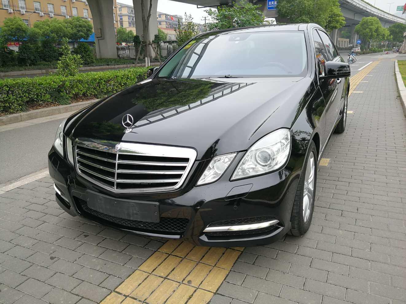 2012年6月 奔驰 奔驰E级  E 300 L 时尚豪华型?#35745;?/>                         <div class=
