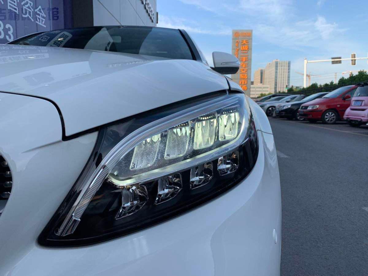 奔驰 奔驰C级  2019款 改款 C 260 L 运动版图片