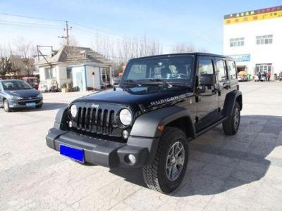 Jeep 牧马人  3.6L 四门 舒享版图片