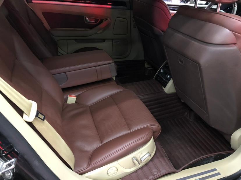 奥迪 奥迪A8  2006款 A8L 6.0 W12 quattro旗舰型图片