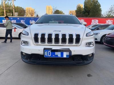 2017年6月 Jeep 自由光 2.4L 專業版圖片
