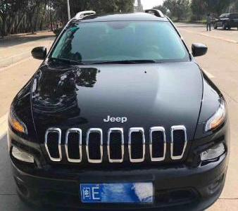 Jeep 自由光  2.0L 优越版图片