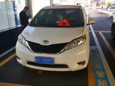 2012年6月 丰田 塞纳(进口) 2.7L 两驱自动型图片
