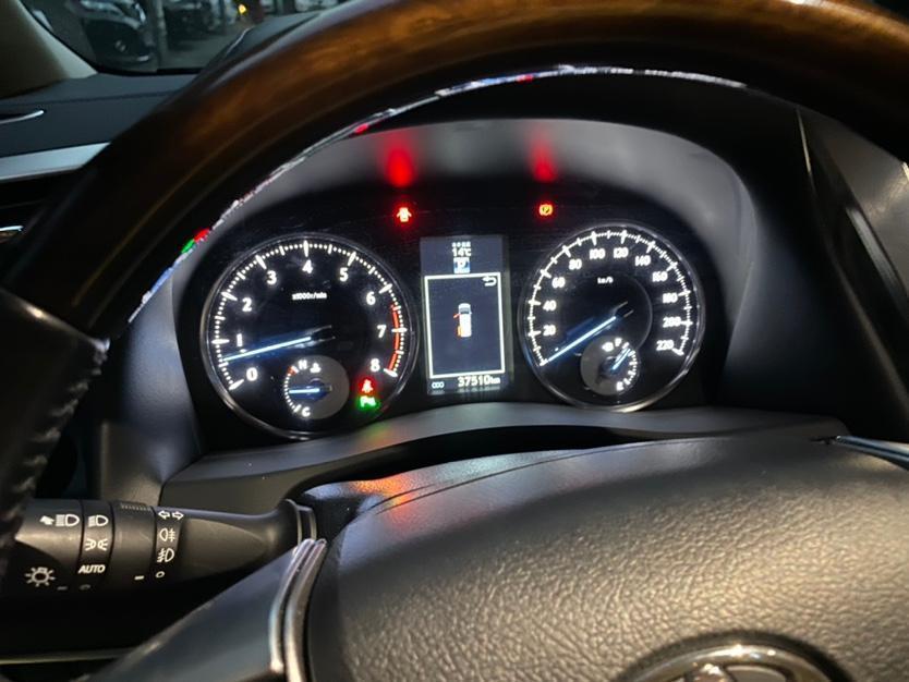 丰田 埃尔法  2018款 改款 3.5L 尊贵版图片