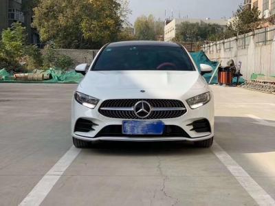 奔馳 奔馳A級  2019款  改款 A 180 L 運動轎車圖片