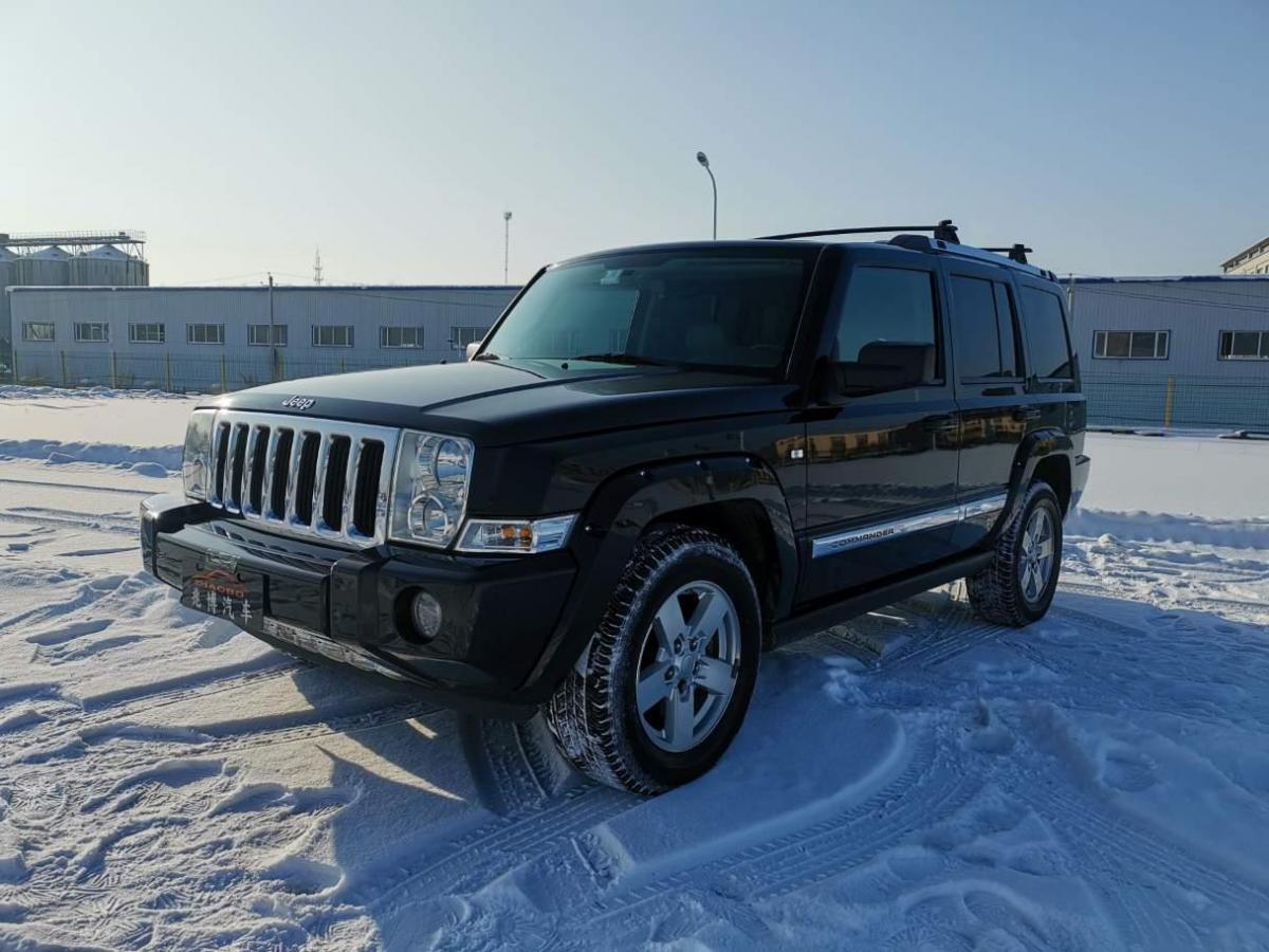 Jeep 指挥官经典  2008款 5.7 HEMI图片