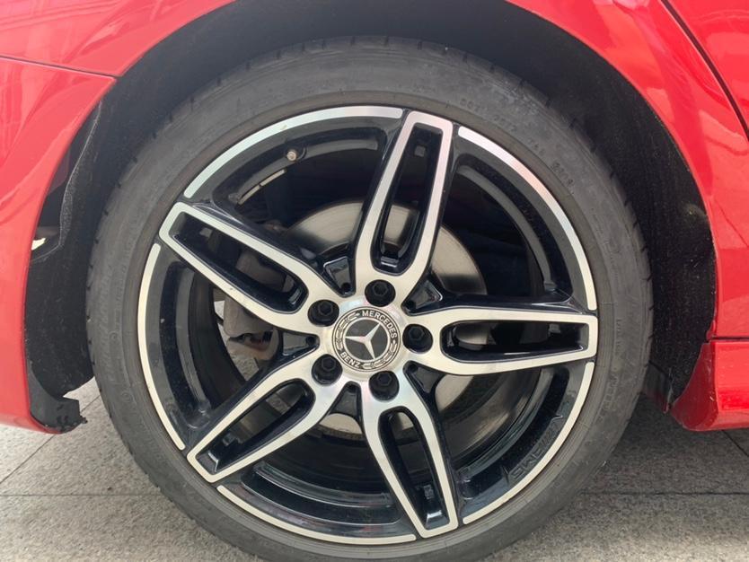 奔驰 奔驰CLA级  2018款 CLA 220 4MATIC图片