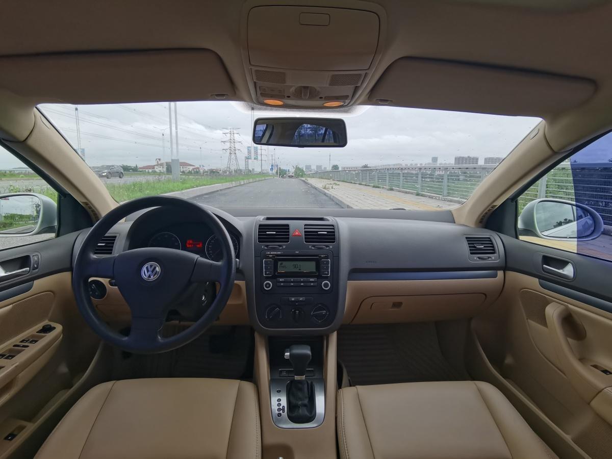 大众 速腾  2009款 1.6L 自动舒适型图片