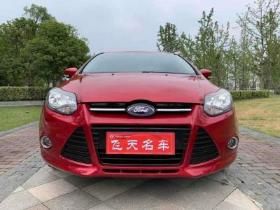 福特 福克斯  2012款 两厢 2.0L 自动豪华运动型图片