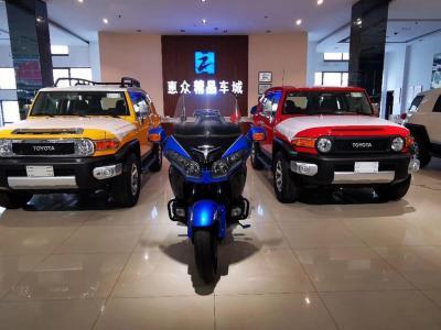 迪拜版丰田FJ酷路泽8气顶配图片
