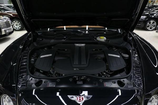 宾利 飞驰  V8 4.0T 尊贵版图片