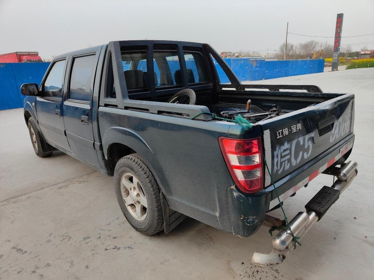 江铃 宝典  2015款 2.8T新超值柴油两驱豪华版JX493ZLQ4C图片