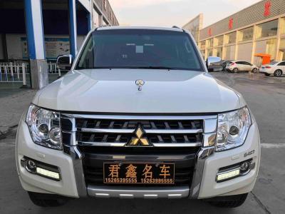 三菱 帕杰罗  2012款 3.8L 旗舰版图片