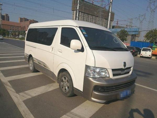 【郑州】2015年5月 金杯 海狮 2.0 豪华型v19 白色 自动档
