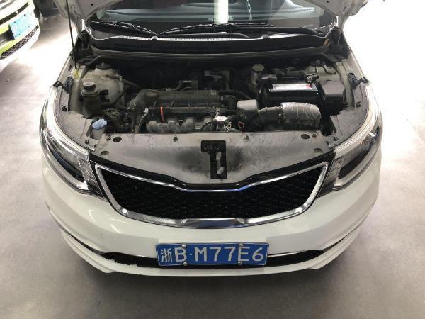 起亚 2015款 起亚K2 两厢 1.4L AT GLS炫酷版图片