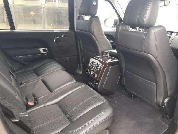 路虎 揽胜行政版  3.0T V6 SC Vogue SE 创世加长版图片