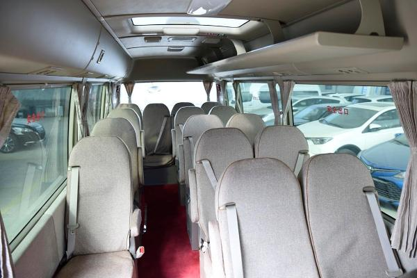 丰田 柯斯达  4.0 豪华车20座6GR汽油图片