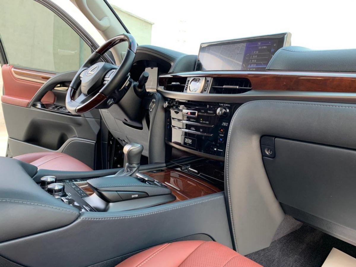 雷克萨斯 LX  2019款 LX570 5.7L 尊贵豪华版图片