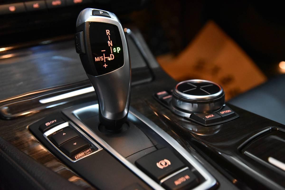 宝马 宝马5系  2013款 530Li 3.0L 领先型图片