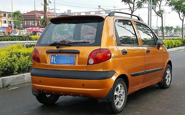 【临汾】2008年3月 雪佛兰 乐驰 0.8 橙色 手动挡图片