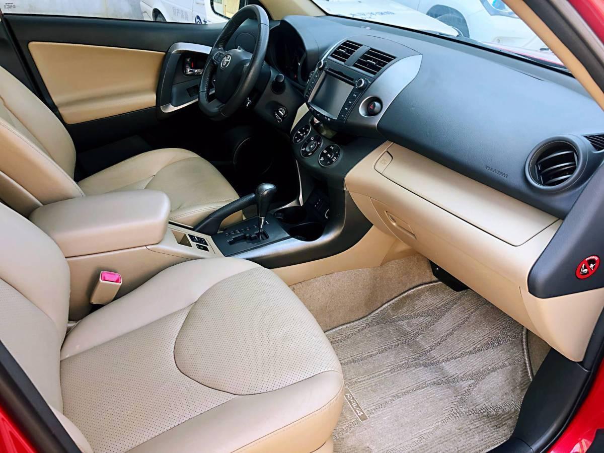丰田 RAV4  2011款 2.4L 至臻导航版图片