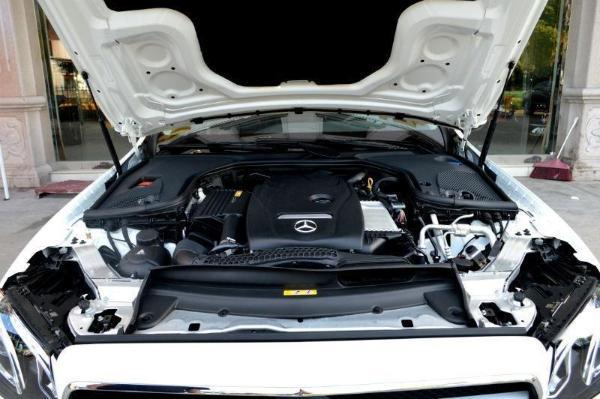 奔驰 E级  E200L 2.0T 运动型图片