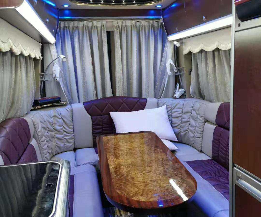 中歐 尊逸  2011款 A型 3.5 旅居房車圖片