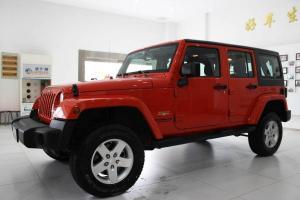 Jeep 牧马人  2.8TD 四门版Sahara
