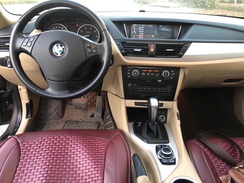 宝马 宝马X1  2012款 sDrive18i豪华型图片