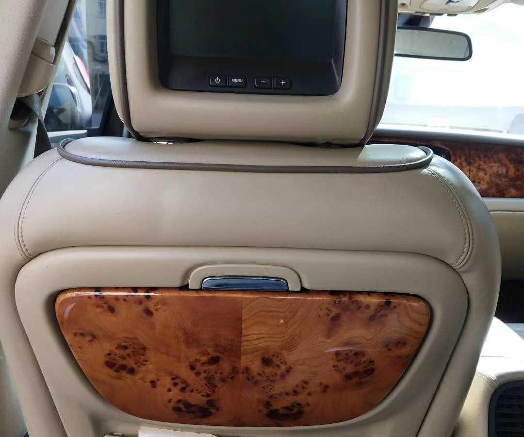 捷豹 XJ  2007款 XJ8L 4.2皇家加长版图片