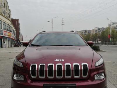 Jeep 自由光  2017款 2.0L 优越版图片
