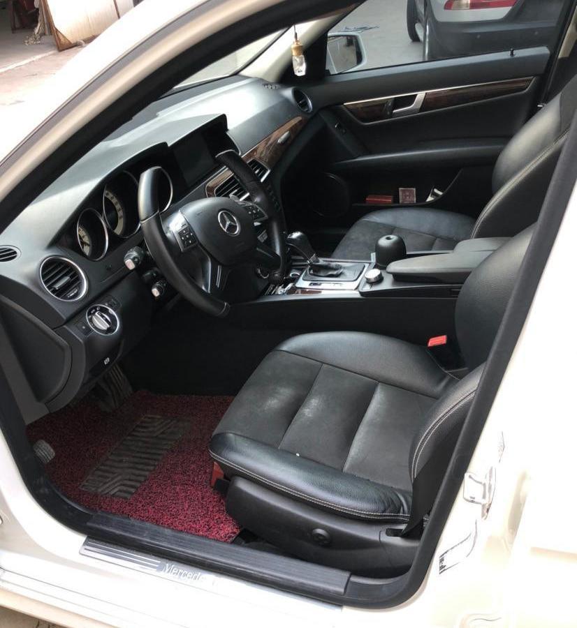 奔驰 奔驰C级  2013款 C 260 CGI 时尚型图片