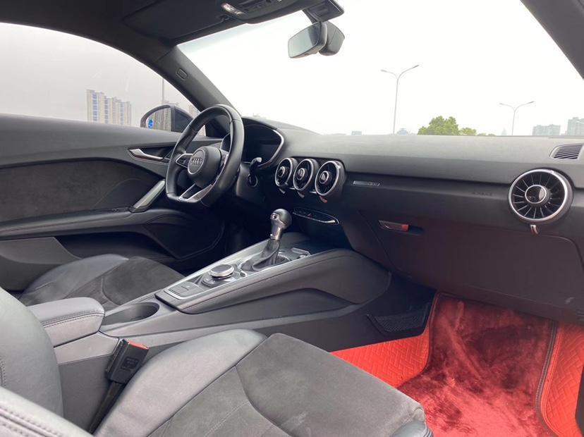 奥迪 奥迪TT  2017款 TT Coupe 45 TFSI图片