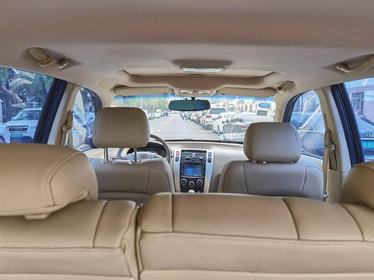 现代 途胜  2009款 2.0L 自动两驱天窗型图片