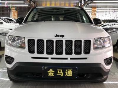 Jeep 指南者  2.4L CVT手自一体 运动版 四驱图片