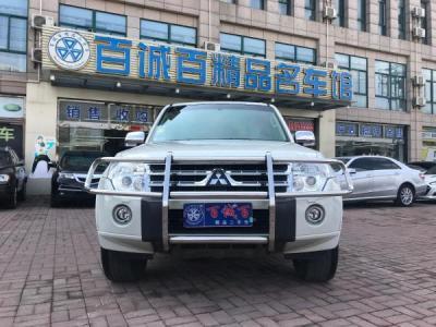 2011年1月 三菱2011款 帕杰罗(进口) 3.0L 精英版图片