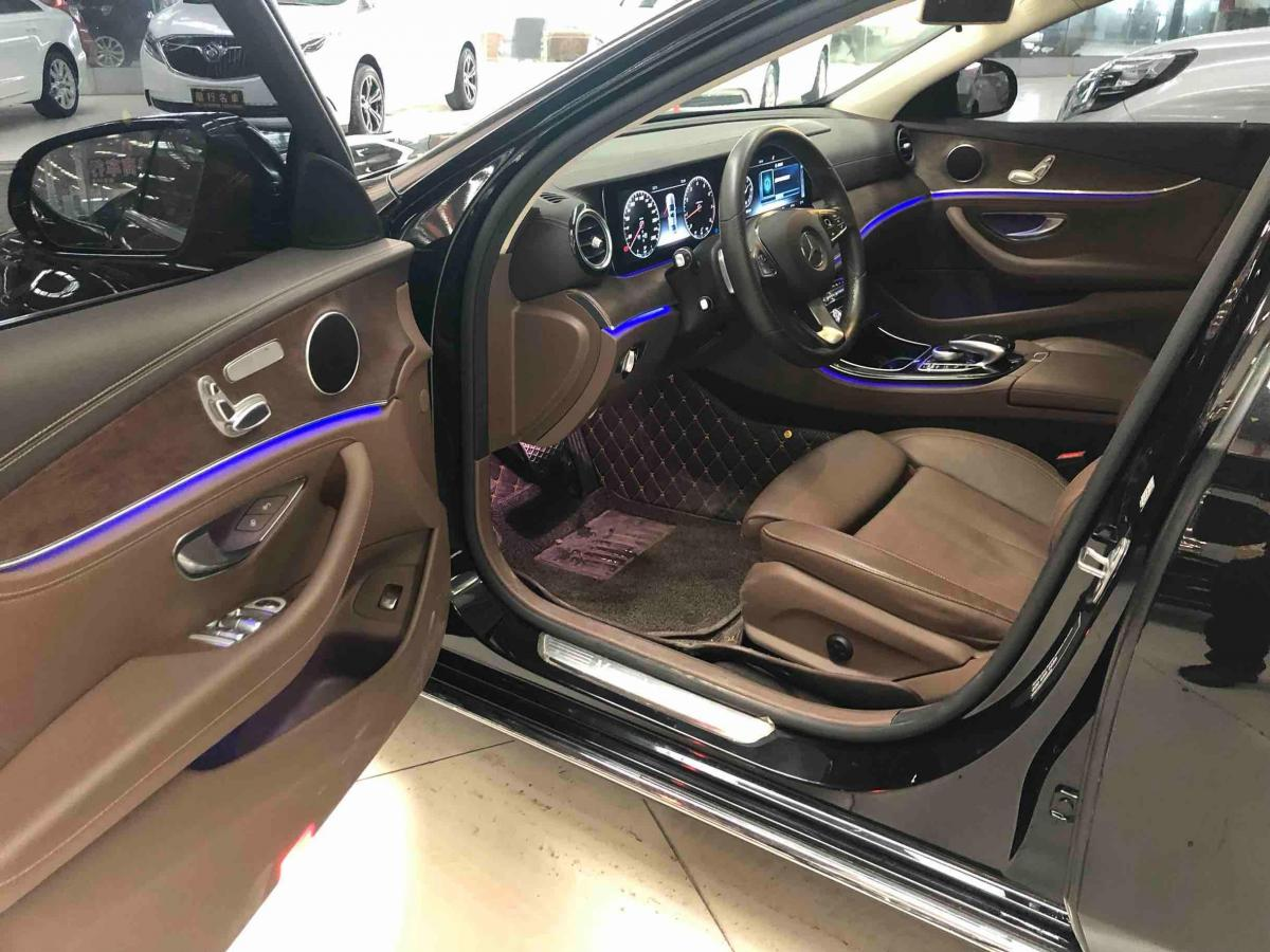 奔驰 E级  2016款 E200L 2.0T图片