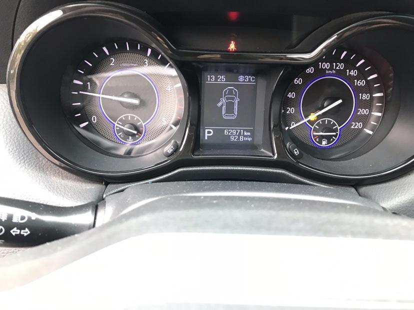 江铃 驭胜  2017款 S350 2.0T 两驱超豪华版7座图片