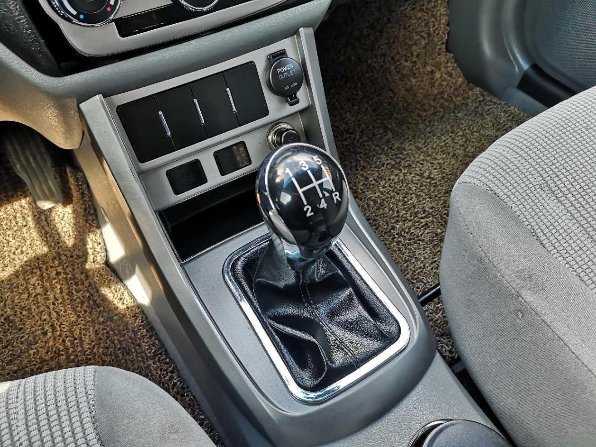 吉利 EC  2012款 EC7 1.5L 手动标准型图片