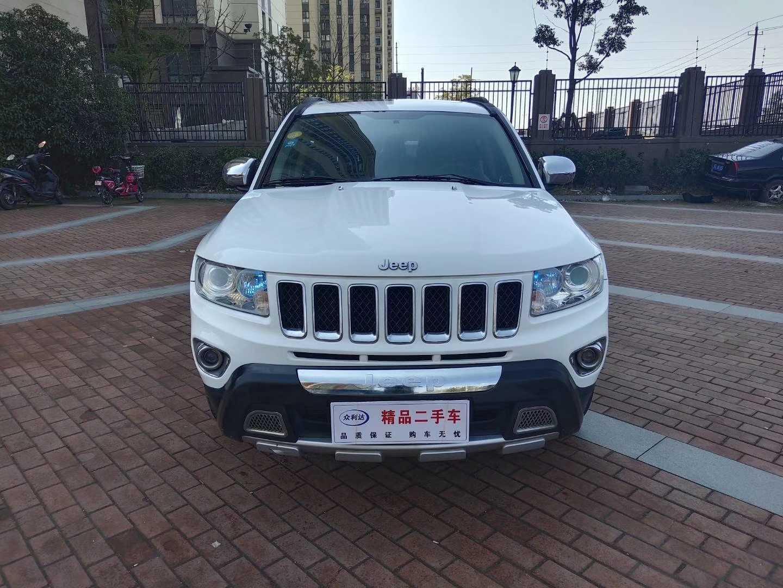 2013年6月 Jeep 指南者  2.4L 四驱豪华版?#35745;?/>                         <div class=
