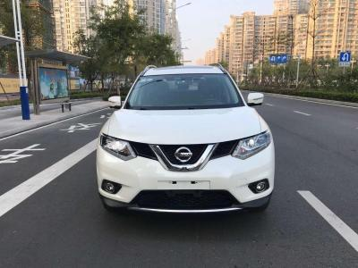 日产 奇骏  2014款 2.5L CVT尊享版 4WD