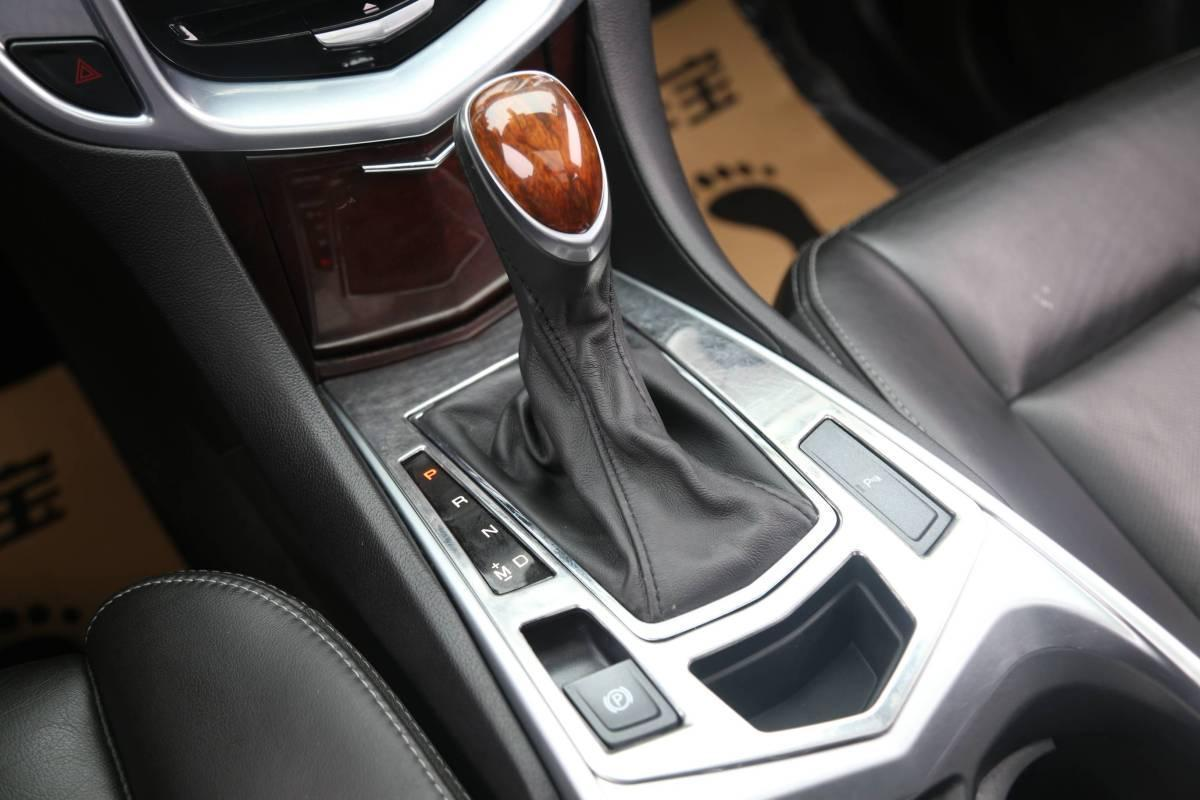 凯迪拉克 SRX  2014款 3.0L 豪华型图片