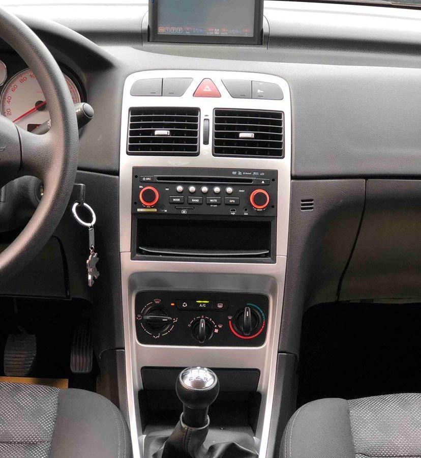 标致 307  2010款 三厢 1.6L 手动舒适版图片