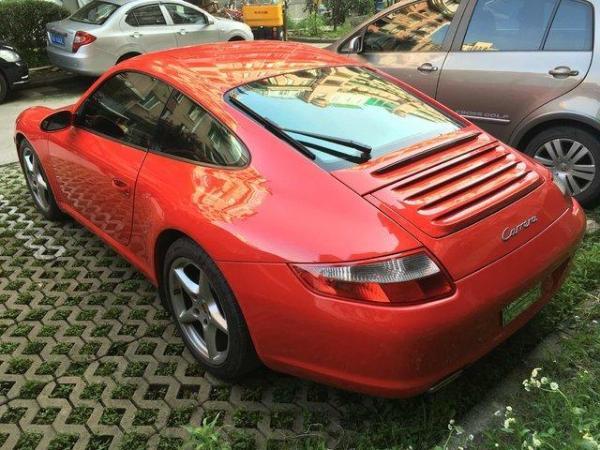 【杭州】2006年12月 保时捷 911 carrera 3.6 红色 自动档