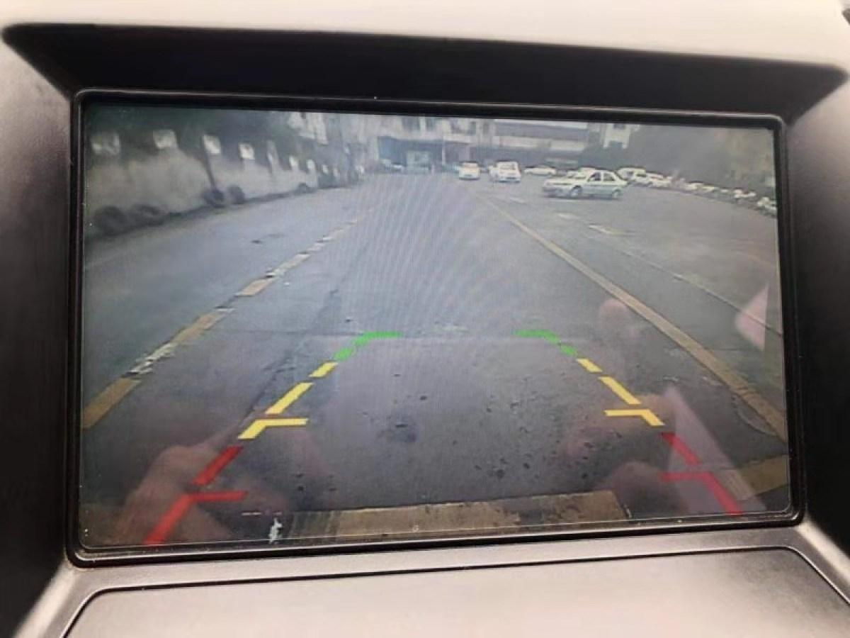 路虎 神行者2  2013款 2.2T SD4 SE柴油版图片