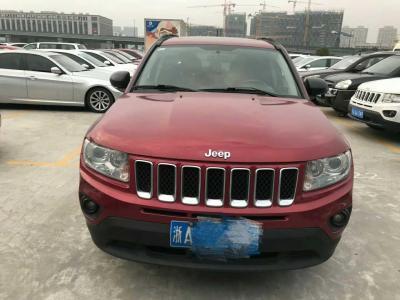 Jeep 指南者  2012款 2.4L 四驅豪華版