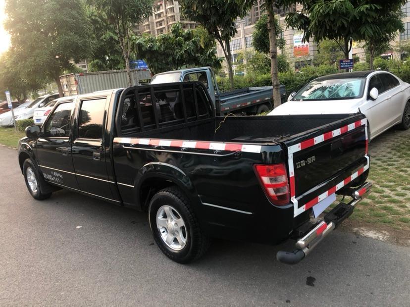 江铃 宝典  2016款 2.8T新超值柴油两驱加长货基本型JX493ZLQ4F图片