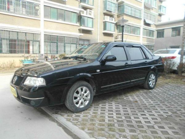 【济南】2009年10月 大众 桑塔纳 1.8 cng双燃料型 黑色 自动档