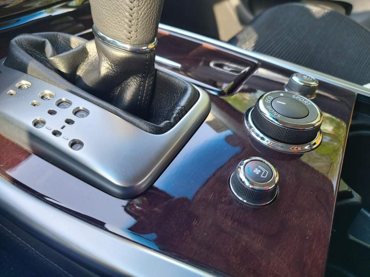 英菲尼迪 M系  2012款 M25L 雅致版图片